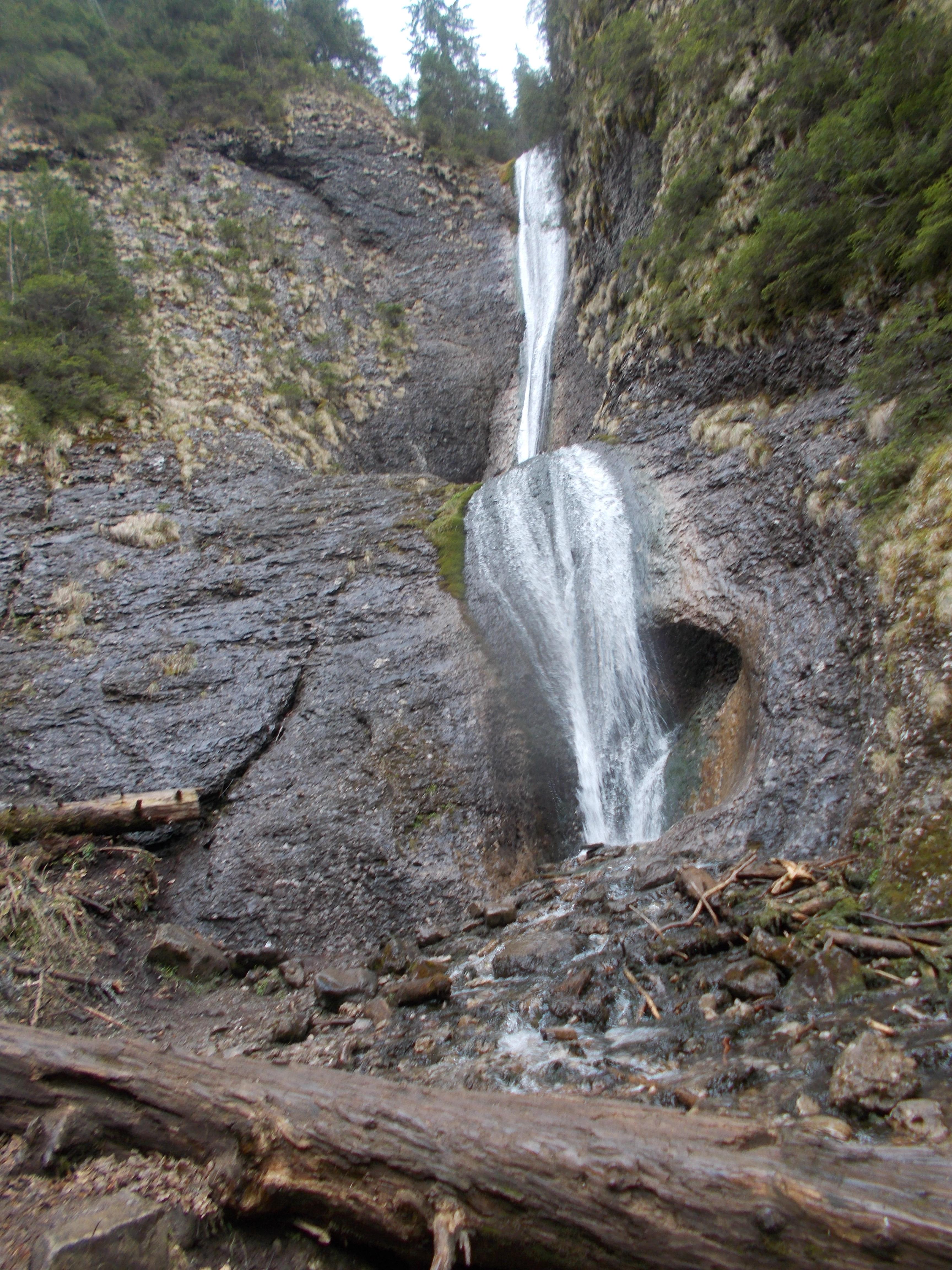 Hei-rup pana la Cascada Duruitoarea si Vf. Toaca